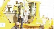 Tournée du Premier ministre à Koudougou : Christophe Dabiré fait la ronde des chantiers