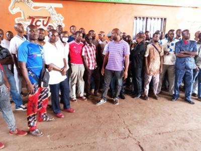 TCV: Des travailleurs réclament leurs salaires