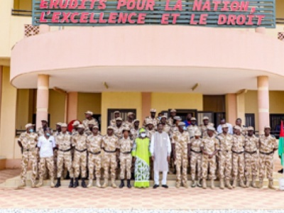 Académie de police : Bala rend visite à ses filleuls